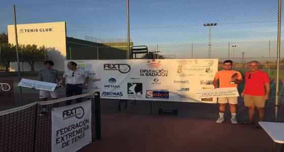 Alberto Barroso, campeón del Torneo Ciudad de Lares del Tenis Club